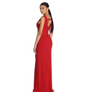 Windsor Dresses - ‼️SOLD‼️ Windsor Miriam Lady In Red Gown
